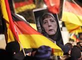 Pochod hnutí PEGIDA proti islamismu i přistěhovalc...
