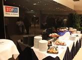 Občerstvení ve volebním štábuTOP 09 v hotelu Don G...