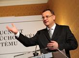 Premiér Nečas se v Rusku setká s Medveděvem a Putinem
