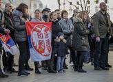 Kosovo je Srbsko. Demonstranti na Václavském náměs...
