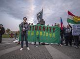 Demonstrace za solidaritu s Kurdy v Praze