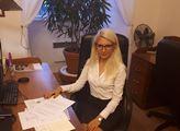 """""""Maláčová vždycky něco vykřikne a druhý den je všechno jinak"""". Poslankyně SPD Šafránková chce více podpořit slušné lidi v nouzi. Ale pokud jsou práceschopní přisátí na dávky..."""