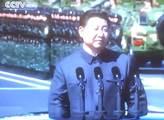 V USA zabavili tuny čínských příčesků. Pocházejí prý z vlasů týraných Ujgurů...