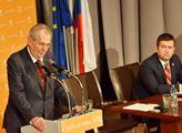Prezident Miloš Zeman hovoří na sjezdu ČSSD, sledu...