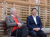 Zeman řečnil s čínským prezidentem, ČT postihl výpadek. A pak nastínil uskutečnění velkého projektu