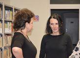 Zpěvačka Aida s pedagožkou dějepisu Marcelou Svejk...