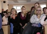 Masarykova univerzita nesouhlasí se zdaněním odměn studentů, kteří pomáhají s covidem