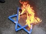 Muslimský antisemitismus existuje, ale mnohem horší je... AfD. Německý novinář překvapil