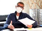 Rozeštváváte! udeřil Babiš. Koronavirus je chřipka? Ukázal dokument, kterým zavřel ústa