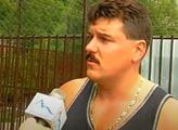 Mafie na Slovensku: Osmkrát ho bodli. Ještě dýchal, když ho podřezávali. Pak mu uřízli hlavu a veřejně ji vystavili
