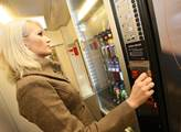 Automat na nápoje ve vlacích řady InterPanter Česk...