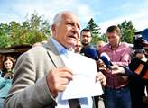 Bývalý prezident Václav Klaus představuje Petici p...