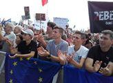 Na Letné začala další demonstrace proti Andreji Babošovi