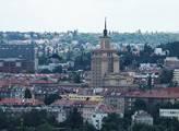 Praha vyšle do ulic v centru města kropící vozy