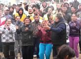 Olomoučtí Romové zastavili tramvajový provoz. Slavili svůj den