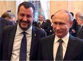Putin se v Itálii vysmál těm, co straší Ruskem a řešil sankce. Chválil Salviniho, setkal se i s papežem
