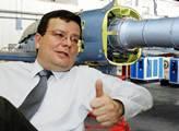 Vondra v tichosti připravuje privatizaci leteckých opraven. Audit má snížit cenu