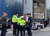Policejní zásah na Tachovsku. V kamionu cestovali nelegální migranti
