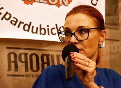 Majerová Zahradníková (Trikolóra): Česká politika kulhá na jednu nohu