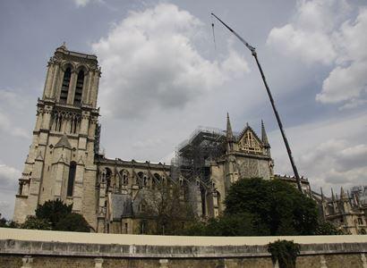 Notre-Dame v rekonstrukci