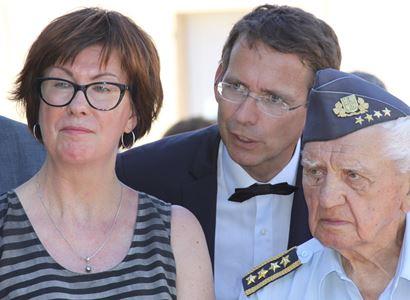 Zeman, Kundera, Macron a žluté vesty. O nich jsme hlavně hovořili s končícím velvyslancem ve Francii, který vrátil slavnému spisovateli české občanství