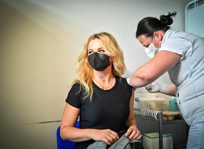 Monika Babišová dostala první dávku vakcíny
