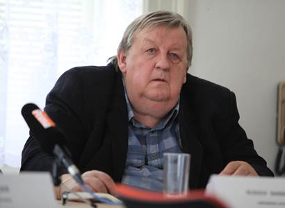 Baránek (Soukromníci): Hrozí nám vláda ANO agenta StB Babiše a policajtské strany Přísaha Roberta Šlachty?