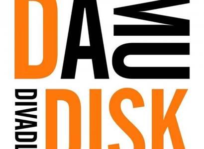Divadlo DISK: Mezinárodní tým studentů z DAMU se v inscenaci PULSE zabývá traumatickými zážitky