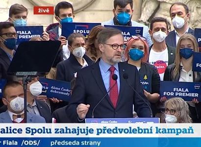 Fiala a bizon. FOTO z kontaktní kampaně ODS. Začala řežba: Honzejk obrátil oči v sloup. Jurečka prohlásil cosi o pražských redakcích...