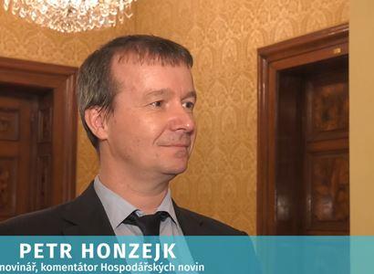 Exzpravodaj ČT přirovnal Palestince v Pásmu Gazy k Čechům uzavřeným v okresu. Honzejk vstává ze židle. A není sám