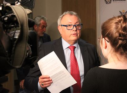 Vladimír Dlouhý: Plošný růst platů by vyšel státní kasu na více než 25 miliard korun