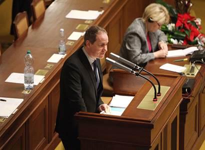 Gazdík pálí do Lipovské, Xavera a spol.: Neuvedli důvody! Rada ČT je v krizi, braňme veřejnoprávní média