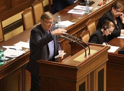 """""""Kvalitu veřejné služby ČT ohrožují konkrétní lidé v televizi."""" Miroslav Grebeníček na ně ukázal. Prozradil také, co se objeví před volbami"""