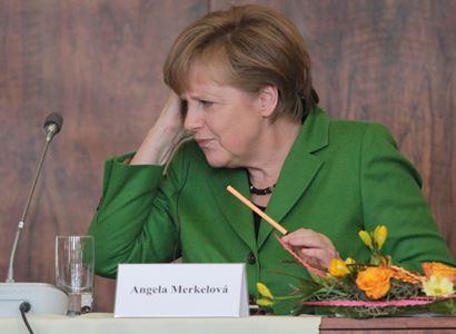 Richard Seemann: Merkelová kritizuje protiizraelské výtržnosti