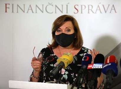 Ministryně Schillerová: Oproti původnímu plánu jsme zvýšili investice a snížili schodek