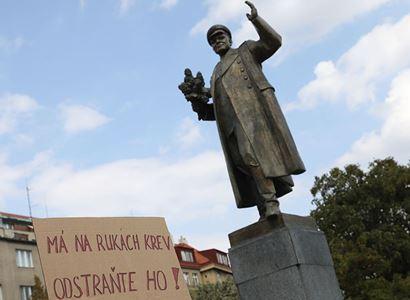 OSEMS: Nejvhodnějším místem pro pomník maršála Koněva by byl Olšanský hřbitov