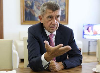 Babiš vysvětlil PL, jak to bylo na schůzi NATO. Ostře