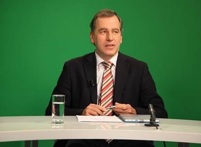 Niedermayer pro PL: Babiš rozdal peníze, které neměl. Daří se nám, protože se daří EU. Vyšší daně z alkoholu, cigaret a hazardu jsou správné