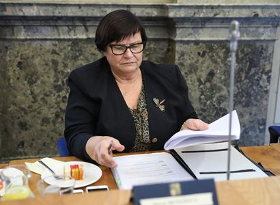 Ministryně Benešová: Milostivé léto veřejnoprávní a humanizace mobiliárních exekucí