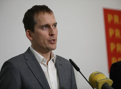 Čižinský (KDU-ČSL):  Je to prostě zákon o netržní podpoře ČEZ při výrobě elektrické energie