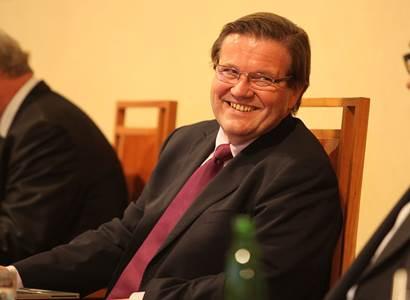 To nemá obdoby! Zdeněk Škromach účtuje se Štěchem, Chovancem a dalšími křiklouny z ČSSD. A zásadně radí, jak vyřešit Šmardu
