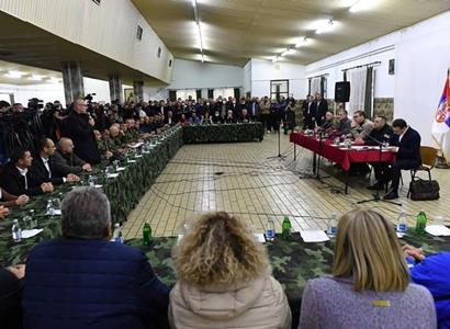 """Toto média přehlédla: V Kosovu tekla srbská krev. """"Válečný stav. Křišťálová noc,"""" padlo"""