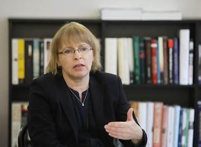 Kordová Marvanová (STAN): Vzpomínka na všechny, které drtila tíha obou totalitních režimů dvacátého století