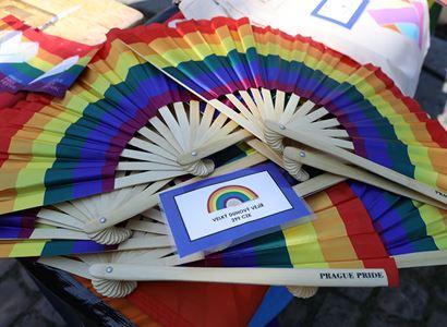 Kdo je víc gay?! Nepřátelé Prague Pride: Špatná akce, uděláme vlastní