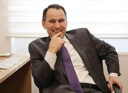 """Nová """"opoziční smlouva""""? Proč to rovnou nepustí mezi voliče. Erik Best sleduje karty Bartoše a Fialy"""