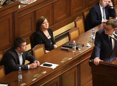 Sněmovna odmítla zpřísnit firmám podmínky pro zisk dotací