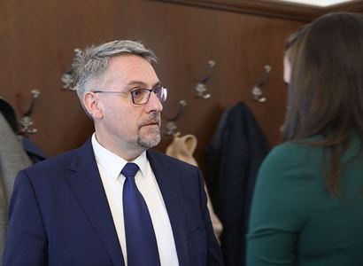 Čeští vojáci se do Afghánistánu v krátké době nevrátí, uvedl Metnar