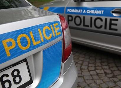 Cizinci v Praze pařili na střeše Kotvy. Policie rozdávala  pokuty