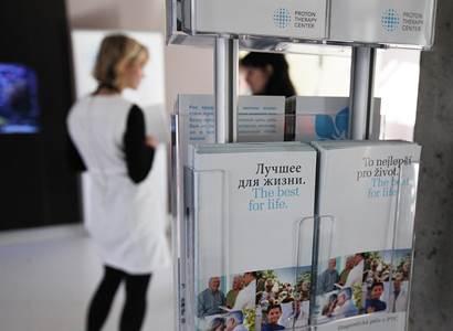 Protonové centrum: Revoluční léčba rakoviny bojuje s českou povahou