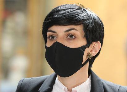 Pekarová Adamová (TOP 09): Bezpečnosti žen nepomáhá, že se diskuse o násilí zlehčuje